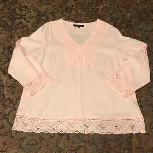 Ava Christine Linen and Lace Top